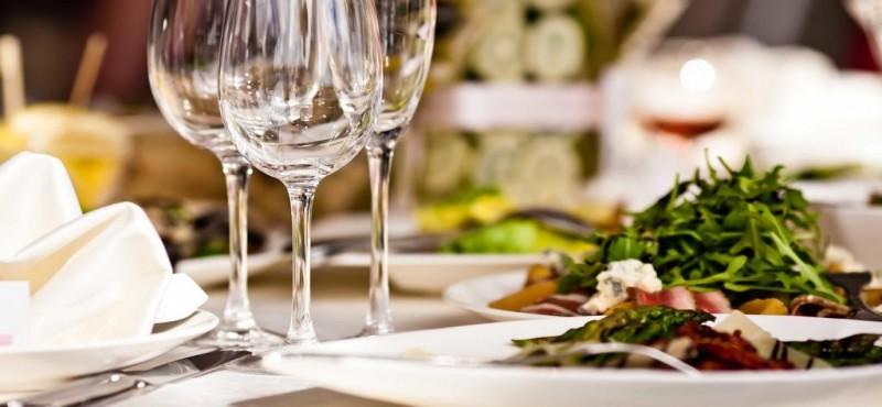 دليلك الي المطاعم والكافيهات
