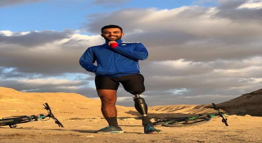 المغامر عمر حجازي يصل الاهرامات بعد رحلة استمرت 10 ايام